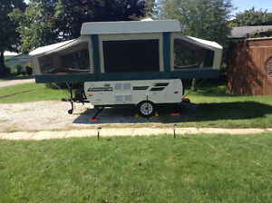 2011 Starcraft Pop Up RV (purchased new in 2012) London Ontario image 1