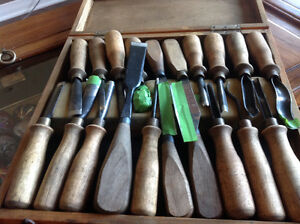 Wood carving set and tap and die set