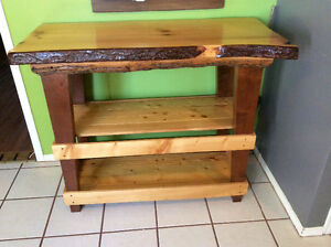 Custom made oak slab bar / island Stratford Kitchener Area image 3
