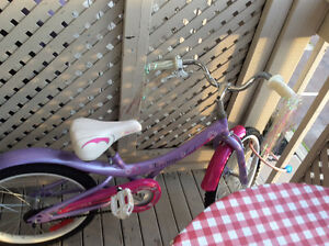 "18""girls bike   Excellent condition"