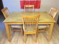 Solid Wood Expandable Dining Kitchen Table with 8 Chairs