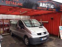 Renault Traffic mini bus/ crew cab ARCTIC VAN SALES