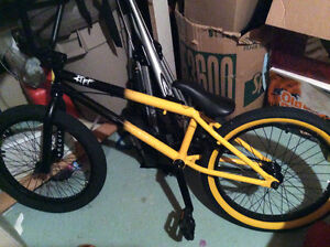 Riff BMX Bike in New Condition