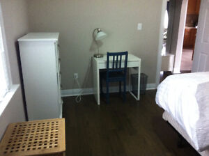 Central Kitchener - Rooms for rent in clean and quiet house Kitchener / Waterloo Kitchener Area image 4