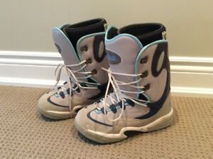 Snowboard Boots - Ladies Size 9 - USED