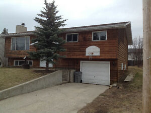 Nice 4 bedroom home for rent in Whitecourt