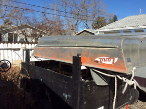 12 ft Lund Boat/with 6hp motor and customized utility trailer