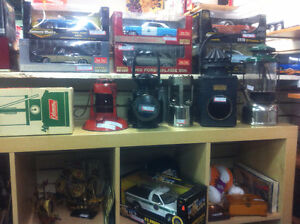 Comics Lanterns Railway Antiques die casts lighters tin toys