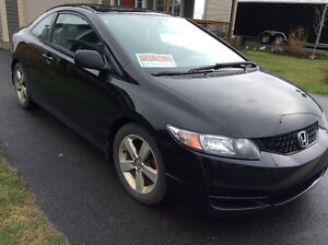 2010 Honda Civic LX/SR Coupe (2 door)