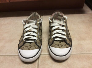 Coach Barrett Signature Sneakers Runners Size 6.5