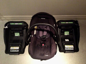 Maxi Cosi infant car seat with 2 bases
