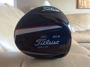 TITLEIST 913D2 R.H. DRIVER NEW CONDITION
