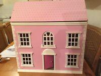 Quick Sale Dolls House £10