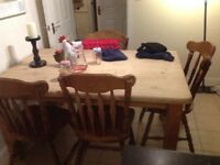 Solid oak dinning table +6 chairs