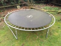 Trampoline 10 foot with netting (must collect and dismantle )