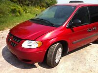 2006 Dodge Caravan 189,000kms  CERTIFIED and ETESTED
