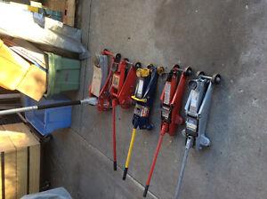 Hydrolic car jacks  assorted sizes and strengths Edmonton Edmonton Area image 1