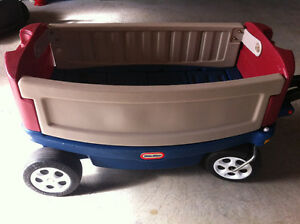 Little Tykes Ride and Relax Wagon
