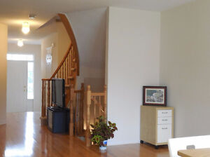 Kanata Lakes, A beautiful 3 Bedroom Townhouse for rent