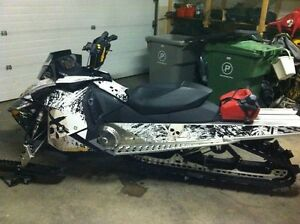 2011 Ski Doo Smmit 800.  Excellent Condition