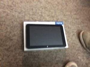 Selling a broken hexa  windows 8 tablet
