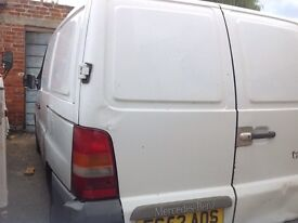 Mercedes vito van 2002 with mot