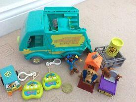 Scooby doo bundle excellent condition car