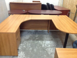 DESK AND CREDENZA/4-DR LATERAL FILE CABINET