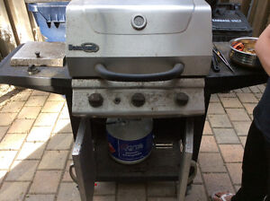 Beumark BBQ with full propane tank