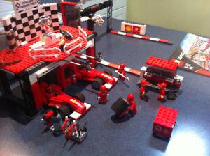 Lego race car set