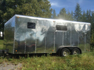 Remorque chevaux 23' stainless