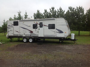 2012 Palomino Puma 26FBSS 26' super slide, bunks $15,900
