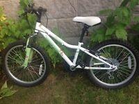 Apollo Moonstone Bike age 7 - 9 years good condition