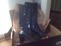 BRAND NEW Clark's boots, size 7