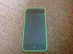 iPhone 5C 8 Gb with Otter Box and accessories