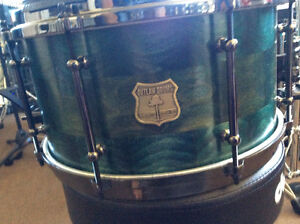 Outlaw 13 x 7 Solid Popular Snare Drum  Custom