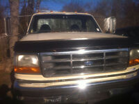 1997 Ford F-450 Cab and Chassis