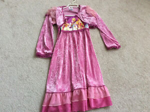 Girls beautiful party dresses 7-9 years old London Ontario image 5
