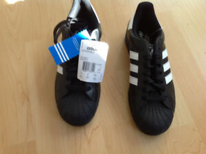 New -Adidas Super Star 11 adult/male Sneakers