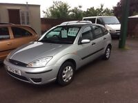 2002 Ford Focus 1.4 CL-March 17 mot-service history-ideal 5door family car-great value