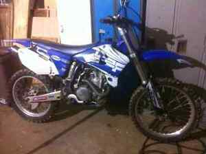2003 Yamaha Yz 450F Make an offer 2500$ Neg
