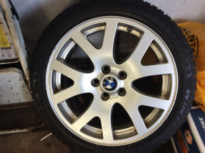 4 BMW/LandRover Pirelli Winter tires and Rims