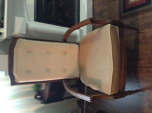 Beautiful and solid chair London Ontario image 1