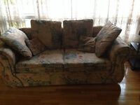Good price, good shape couche for sale