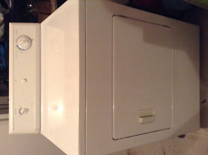 Dryer for sale (great condition)
