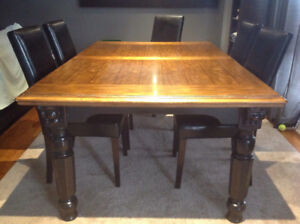 Large wood dining table with leaf and 6 chairs