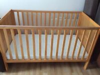 Baby cot/ toddler bed