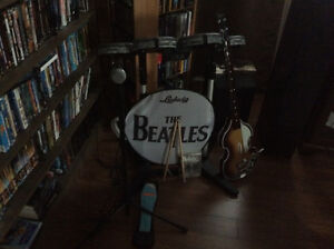Ps 3 Beatles rockband ensemble complet edition deluxe.