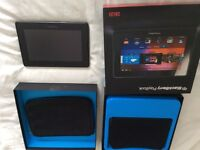 BlackBerry Playbook 16GB and Rapid Charger, 2 Sleeves -