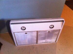 Hotte de cuisinière/stove range hood